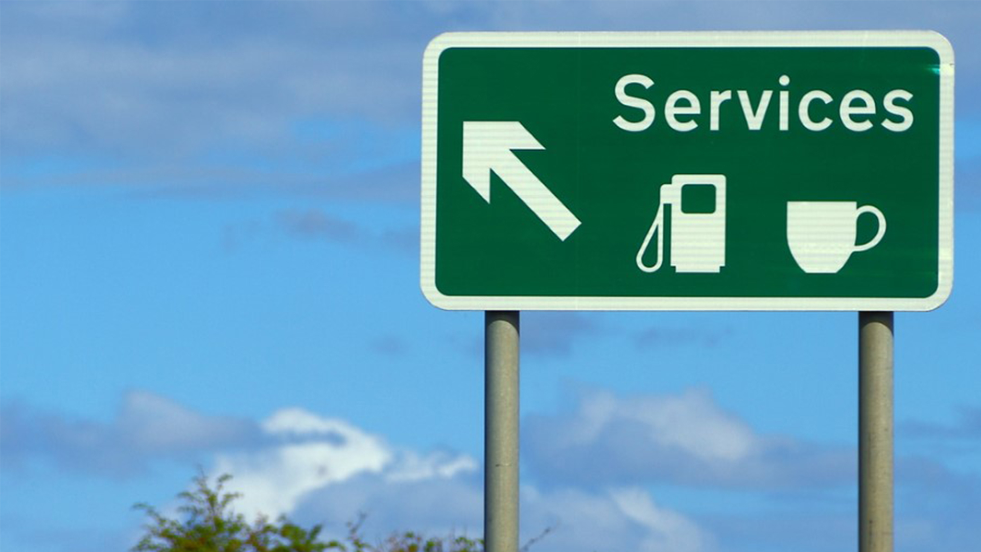 Motorway services get thumbs down from HGV drivers   Scania